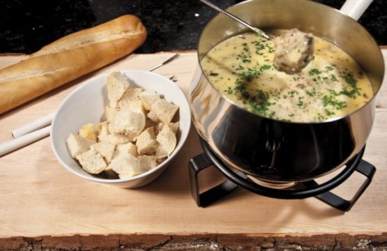 Pilz-Rezept: Käse-Fondue mit Champignons