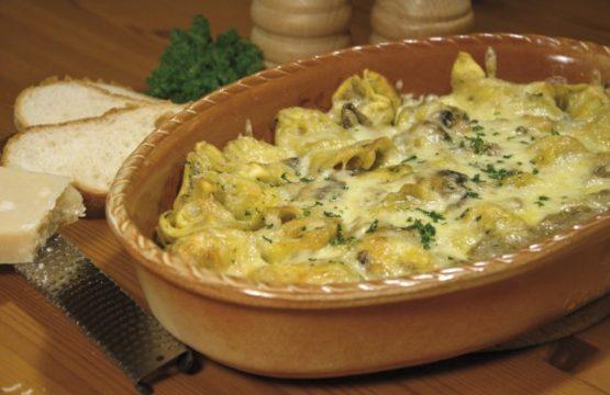 Pilz-Rezept: Tortelloni-Auflauf mit Champignons