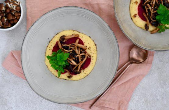 Pilz-Rezept: Polenta mit Pioppini und roter Bete