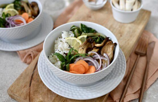 Pilz-Rezept von www.gesunde-pilze.de: Graziellas bunte Buddha-Bowl mit Austernpilzen