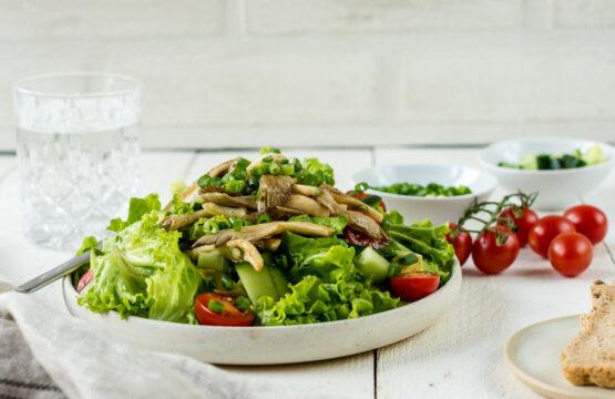 Rezept Corinna Frei: Grüner Salat mit gebratenen Austernpilzen